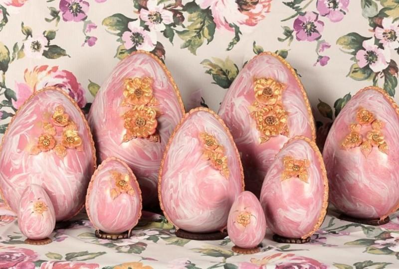 gli-speziali-di-cologna-veneta-uovo-di-cioccolato-pasquale-con-sorpresa-azalea.jpg